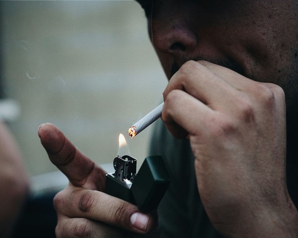 Cigarette  Cinematography Photography Photooftheday EyeEmBestPics Portrait Zippo Zippo🔥 Zippo Lighter Check This Out Newtothis NewToEyeEm