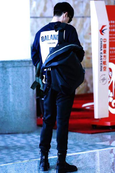 [HIM] Long legs~ 背影杀~ Chinese Huge Handsome Beutiful  Best EyeEm Shot First Eyeem Photo Love Man LongLegs