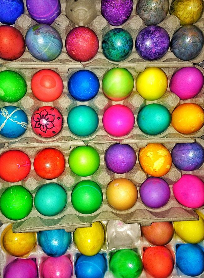 Dying eggs with my nephew... Happy Easter Happy Easter! Easter Easter Eggs Easter Sunday Eggs... Coloured Eggs Colored Eggs Colours Colors Red Yellow Green Blue Pink Purple Orange Holiday