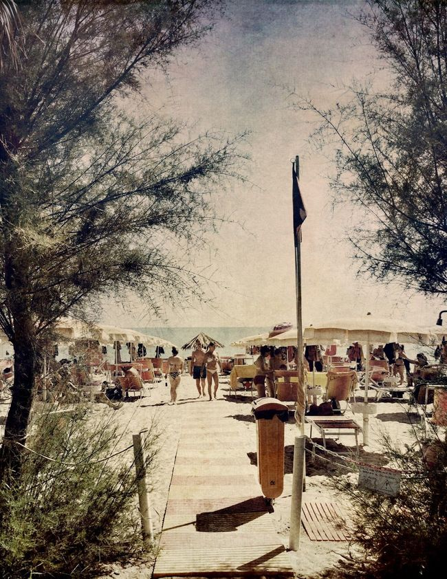 Summer dimension Onthebeach AMPt_community NEM Submissions Mob Fiction