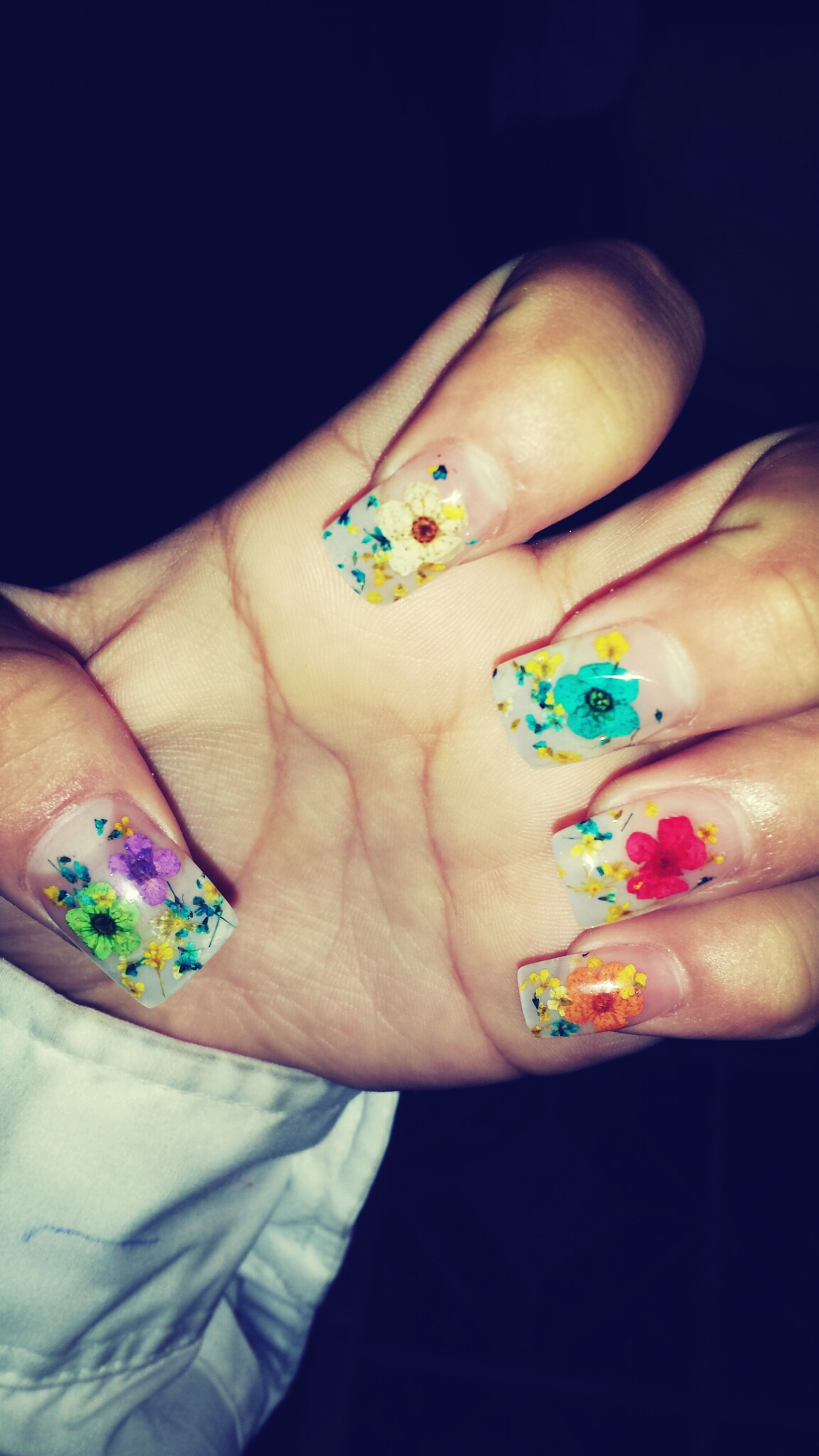 ♡ i love them!!!! Nails <3 Flowers Cute