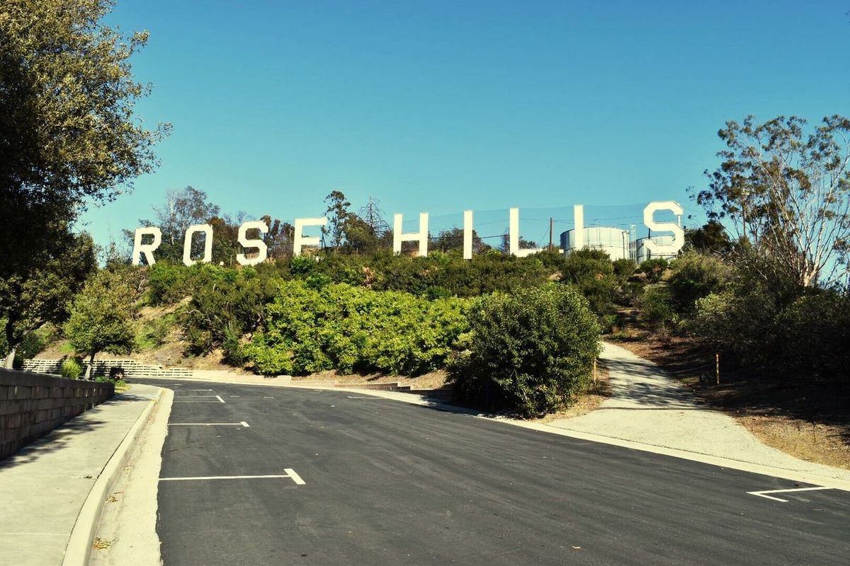 Rose Hills Sign Clear Blue Sky Los Angeles, California Blue Sky California Clear Sky Bluesky Clearsky Hello World Thisismylife Thisismyworld RoseHills Rosehill Cemetery Rosehillcemetery Landmark Historical Place Historical Landmarks Historical Sign Historical Sights Travel Photography Streetphotography Architecturephotography