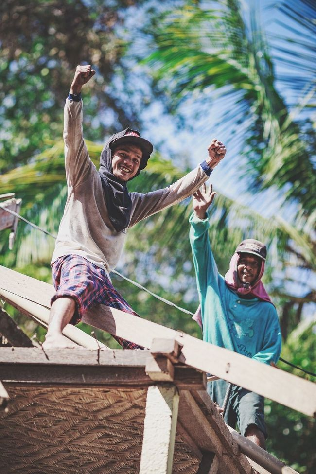 The people of Bali! Bali Bali, Indonesia INDONESIA Portraits People People Photography Traveling Traveling In China Travel Travel Photography Explore Happy Happy People Positive Canon DSLR Check This Out Roof Roofer Low Angle View Hot Day Tropical Climate Tropical Paradise Candidasa Bali Tenganan