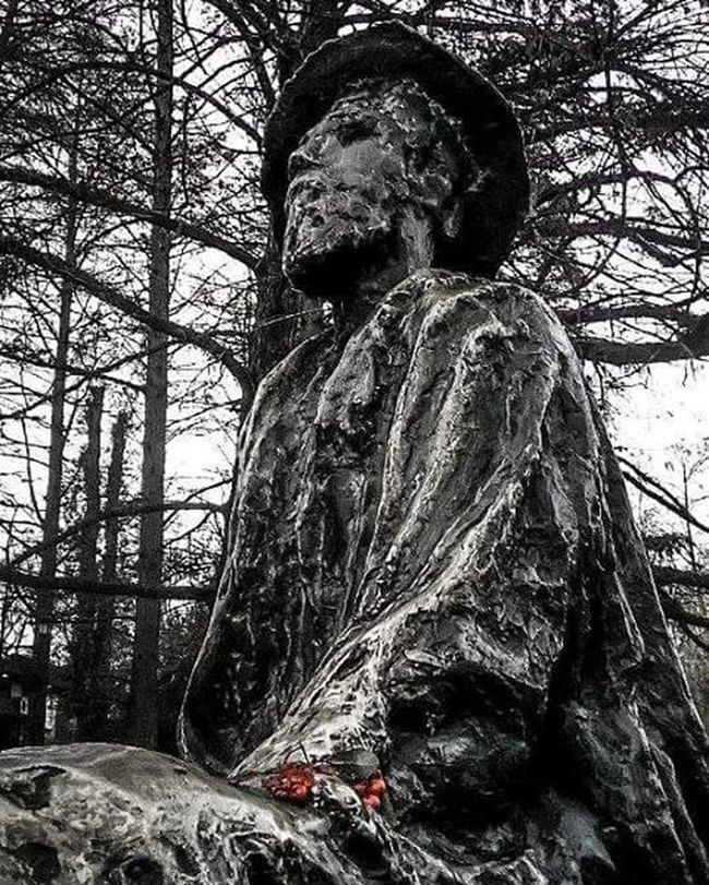 Djurajaksic Monument Bw Blackandwhite Photo Capture Park New Now