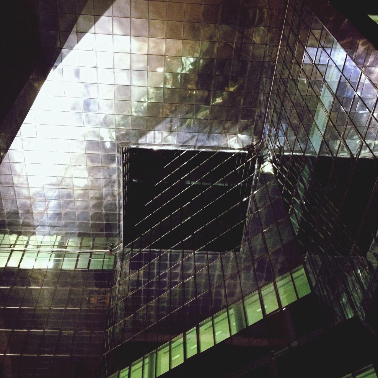 Borough High Street The Architect - 2014 EyeEm Awards Mirrors Creative Light And Shadow