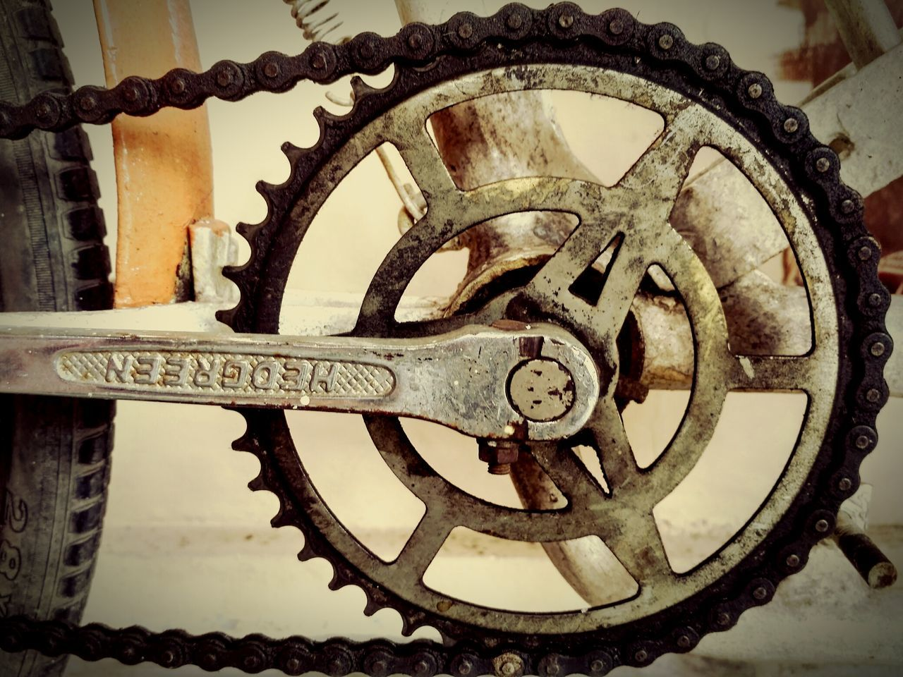 Machine Part Machinery Gear Metal Wheel Close-up Backgrounds Backgroud Old-fashioned TheWeek On EyEem 12DaysofEyEm Phonegraphy Phonegraphy_indonesia