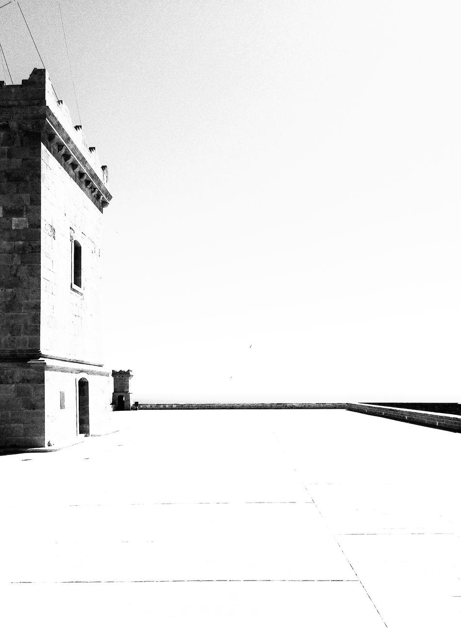 Montjuic Barcelona España Blackandwhite Photography Minimalobsession Negro Black Blanco White