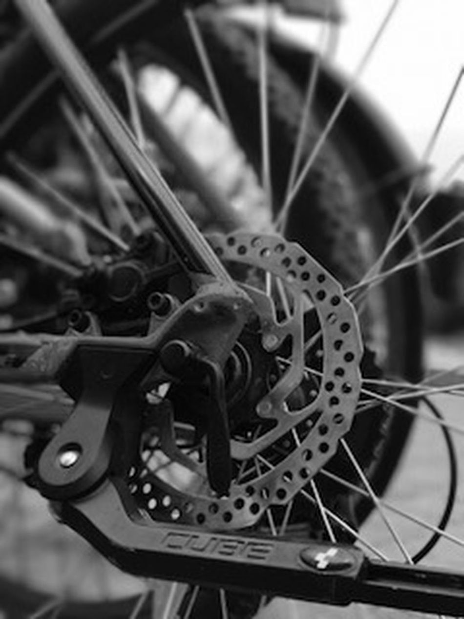 Bicycle Close-up Day Gear Machine Part Machinery Metal Mode Of Transport No People Pedal Spoke Transportation Vehicle Part Wheel