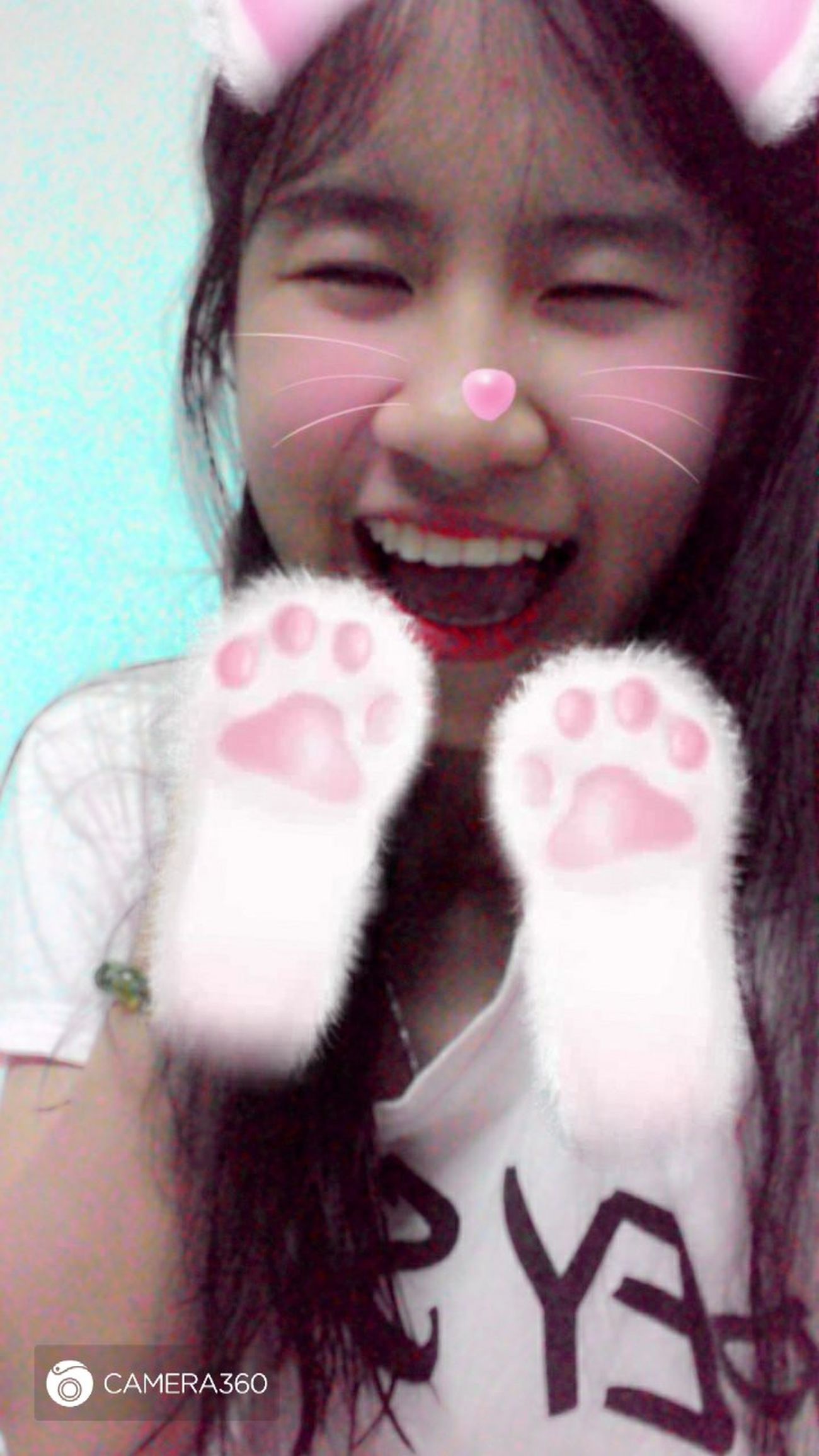 Meow... Khitoi18 Be Strong Girl 加油 Beautiful 很可爱 Kids Being Kids Girl Hi Mắt Hí Hihi In My Eyes🐈🐈