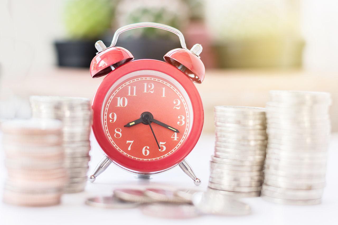 Beautiful stock photos of geld, Alarm Clock, Arrangement, Balance, Business