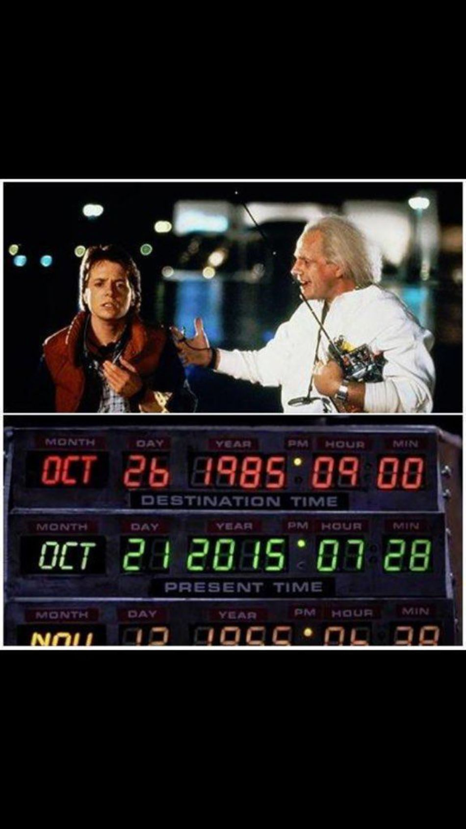 Bu filmi herkes iyi bilir bu arada filmde geleceğe ayarlanan tarihi hatırlayan varmı? eee nerde uçan kaykaylar ve sıcak hava veren montlar😀😀 #backtothefuture #michaeljfox #movie Backtothefuture MOVIE Michaeljfox Adana Seyhan First Eyeem Photo Sinema Tarih  History Enjoying Life