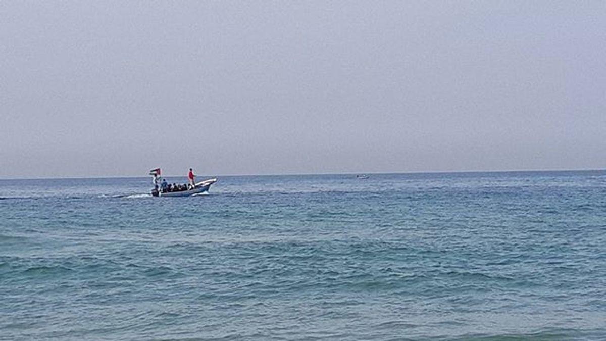 اجازة مباركة☺ البحر اليوم👌 البحر بحر سفينة صباحكم صباحكم تصويري  Note4 صورة_اليوم صباح_الورد Seaside Sea Fottuto Fott Instadaily Gaza GA Blue Amazing ShoutOut