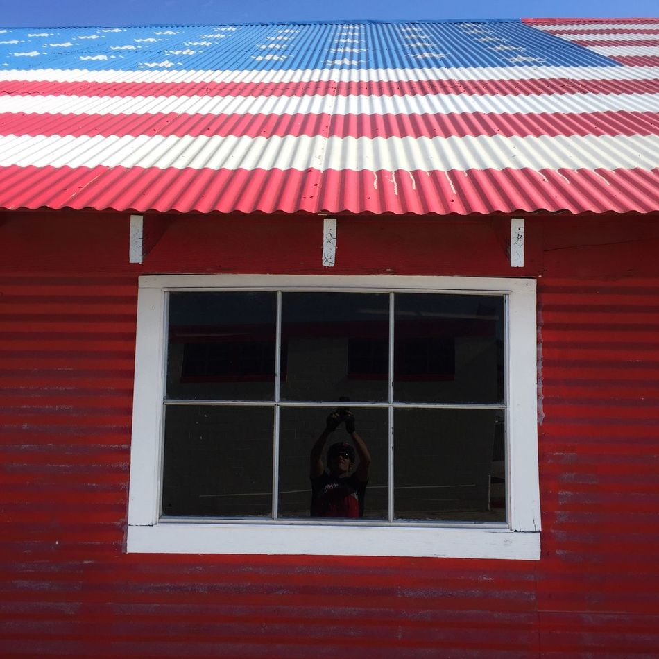 Living in the USA Check This Out Street Photography On The Road Flag Window