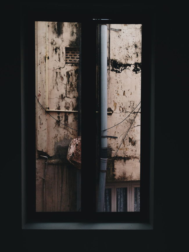 """""""Framed 2"""" Window Window Frame Experimental VSCO My Point Of View Eyemphotography Eyeemphotography Smartphone Photography My Smartphone Life Moto_X_Play Indoors  Pivotal Ideas Portraits TakeoverContrast"""
