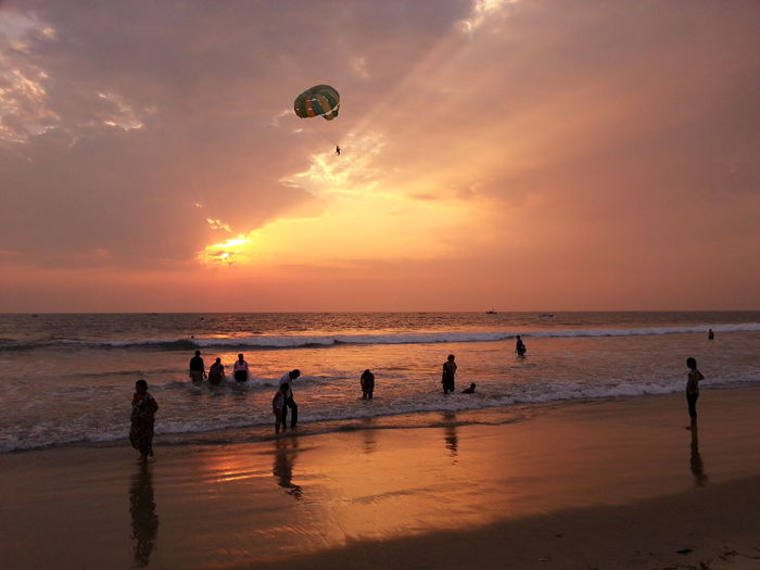 Parasailing Amazing Goa Enjoying The Last Sunrays