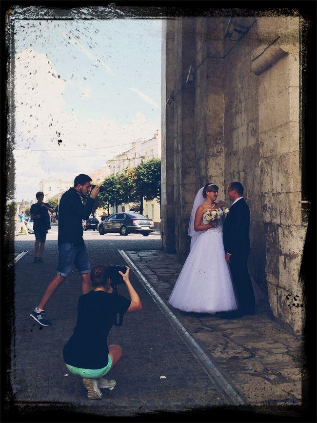 Photohunt Wedding Beauty Having Fun