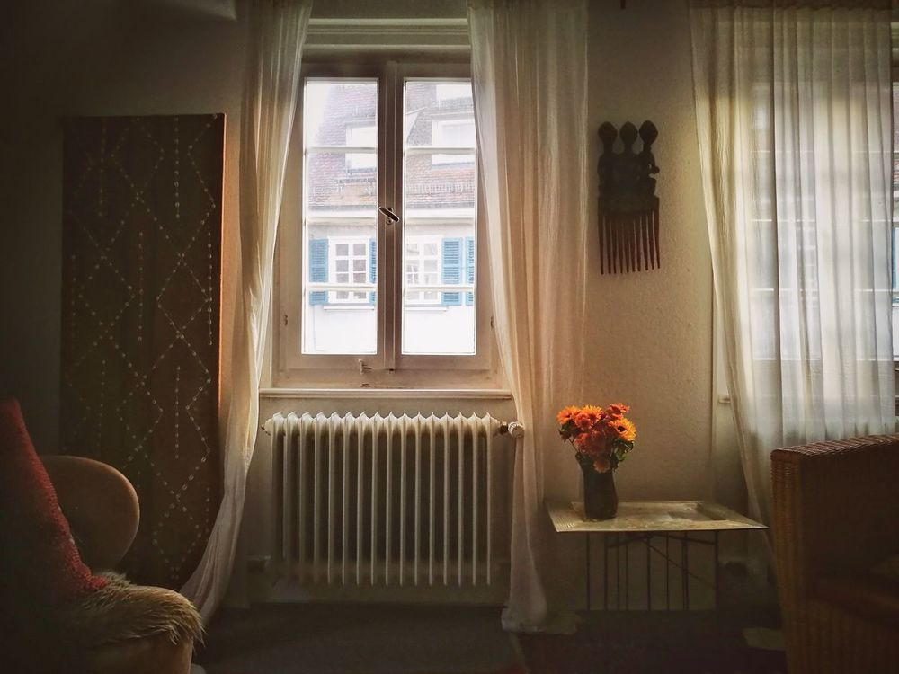 Window Curtain Indoors  Flower House Home Interior Living Room Architecture No People Capture The Moment Enjoying Life EyeEm Selects Eye4photography  Tadaa Community EyeEm EyeEm Gallery Tranquility Restful Place Be. Ready.