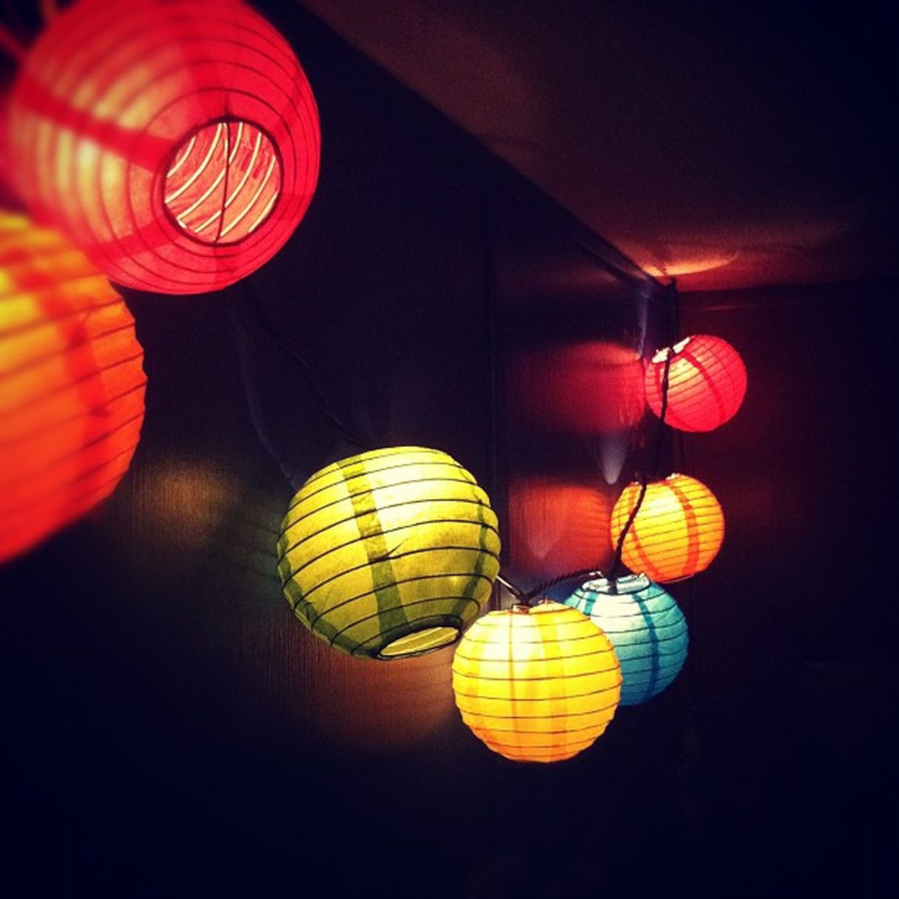 Color is the presence of life. Aprilphotoaday April Day2 Colour color hudson blur lantern paperlantern lights ig igers igdaily igaddict instagram instafeed instamood instadaily instaaddict challenge iphone4 iphonesia iphoneonly iphonegraphy iphonegrapher