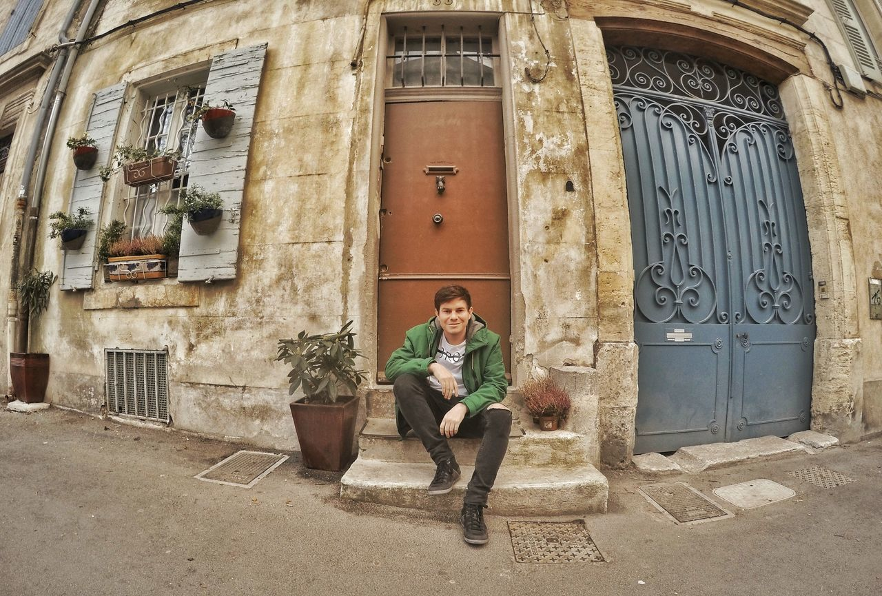 Arles, France 🌍☝✈📷💃 Marseille France Eyeem France Doors Front Travel Trip EyeEm Best Shots EyeEm Gallery Eyeem Travel Arles Van Gogh Gopro Goprooftheday Green