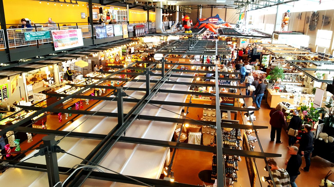 Market Marketplace Market Place Milwaukee, Wisconsin Milwaukee People Watching Busy Life Life Is An Adventure Life Is Busy Hussle And Bustle Enjoying Life Milwaukee Fresh Market Milwaukee From Above