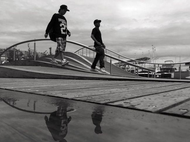 意气风发 Transportation Bridge - Man Made Structure Sky Outdoors Full Length Men Real People Water Day Nautical Vessel Skateboard Park City People