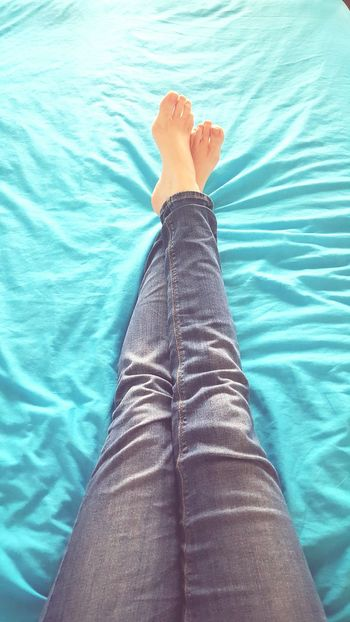 Relaxing Moodyblues Denimjeans Feetselfie Long Legs Bordom Must Get Out Samsung Galaxy S6 PhonePhotography
