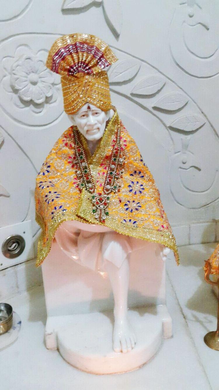 Varaidhamgoldentemple Saibaba  Yellow God Festival Occasion Palanpur Deesahighway India Gujarat