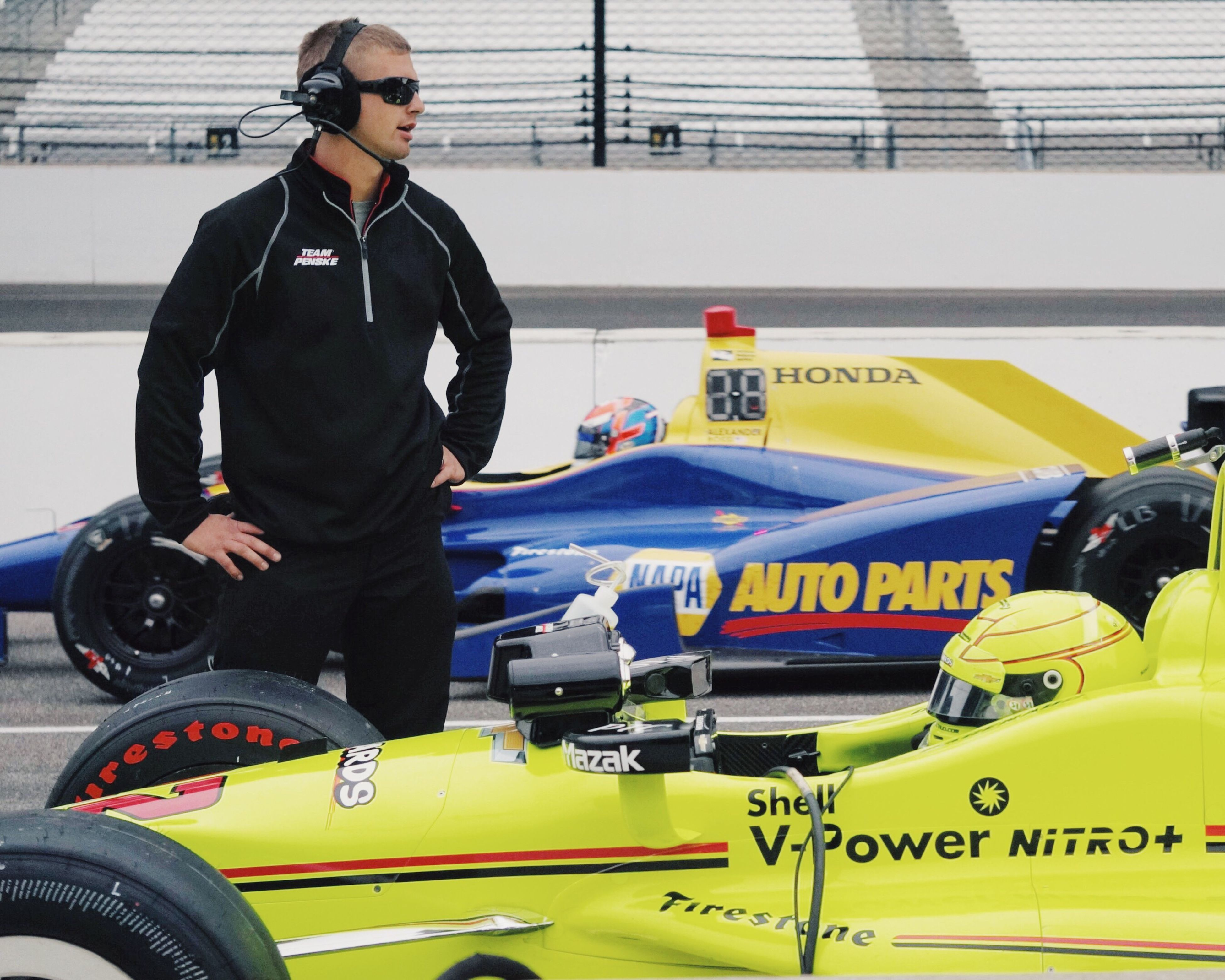 It was Fast Friday prior to tlhe 100th Running of the Indy 500 - In the foreground is Alexander Rossi who went on to win this year's race. MeinAutomoment