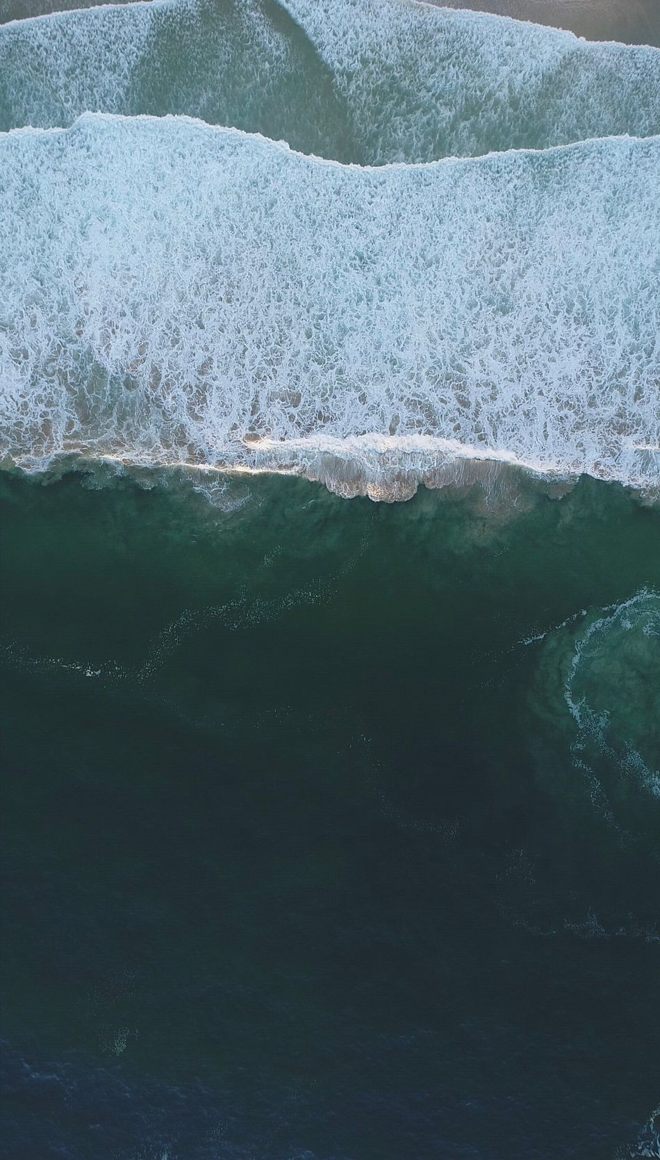 Waves 🌊 from the top. ( Drone  Drone) Water Beauty In Nature Ice Nature Tranquil Scene Tranquility No People Scenics Waterfront Lake Frozen Day Outdoors Cold Temperature Glacier Winter Iceberg Close-up Dronephotography Droneshot