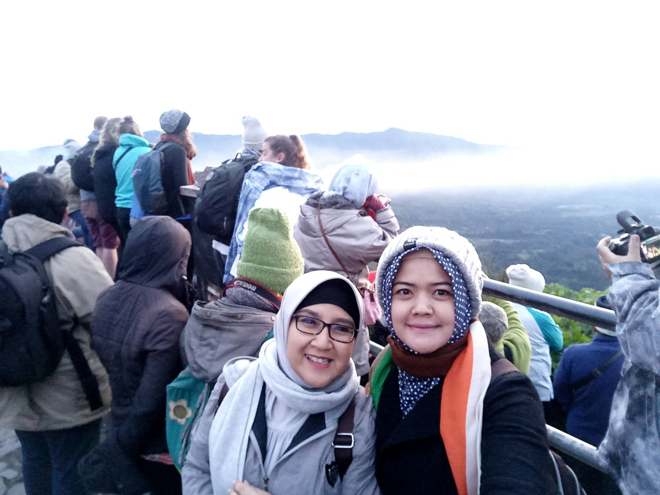 Wonderful Wonderfulindonesia Wonderful Place Wonderfull ✌🏼️❤️🌞 Vacations Friendship Togetherness Warm Clothing Fun Adult Adults Only Outdoors People Young Adult Young Women Crowd Sky Bonding Cheerful Day Vacations Unity