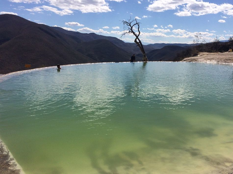 Hierve el agua, Oaxaca 2016 Sky Skyporn Travel Happiness Awesome Incredible Vianeycarre Nature Water Mexico Oaxaca Traveling Free Green Live Hierve El Agua