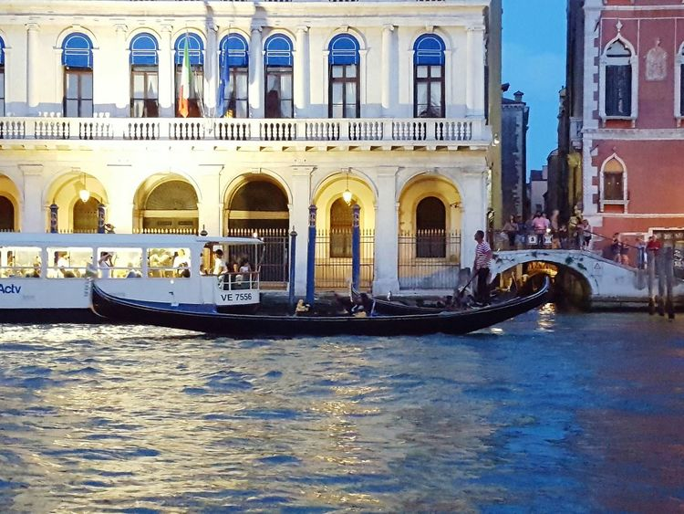 Canale Grande Landscapes Streets Of Venice Summer Views Gondola Gondole In Venice Outdoors Popular Lifestyles Enjoying Life Venice, Italy People Together Everybodystreet Vintage Style The Changing City Palace Palazzo Travel