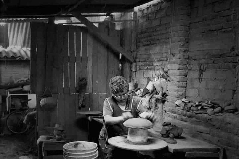 Alfareria Arte Artesania Manos Manos Mexicanas Mujer Mexicana Mujer Trabajadora