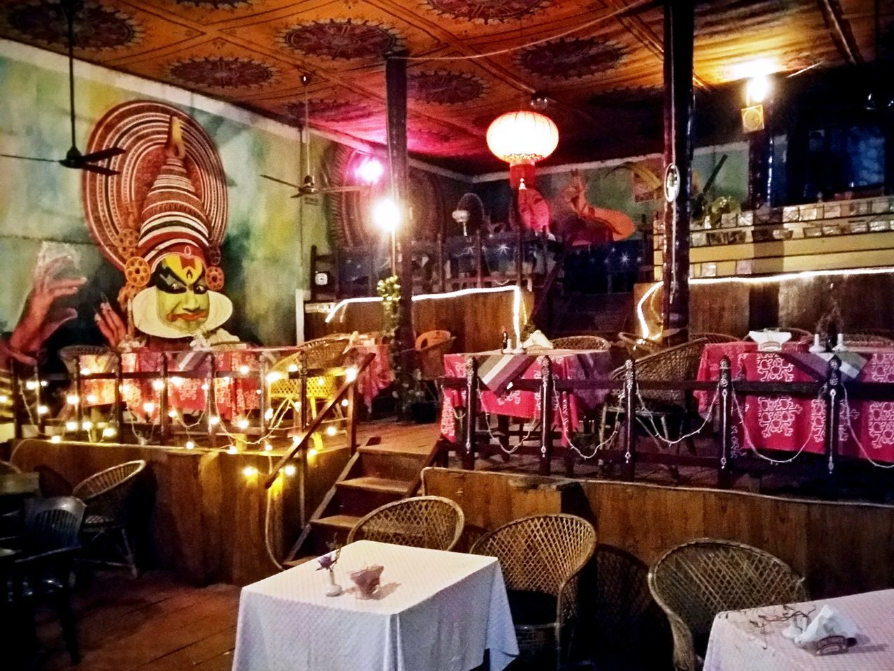 Varkalacliff Restaurant Decor Culture Kerala, India Hippielife Happie Place