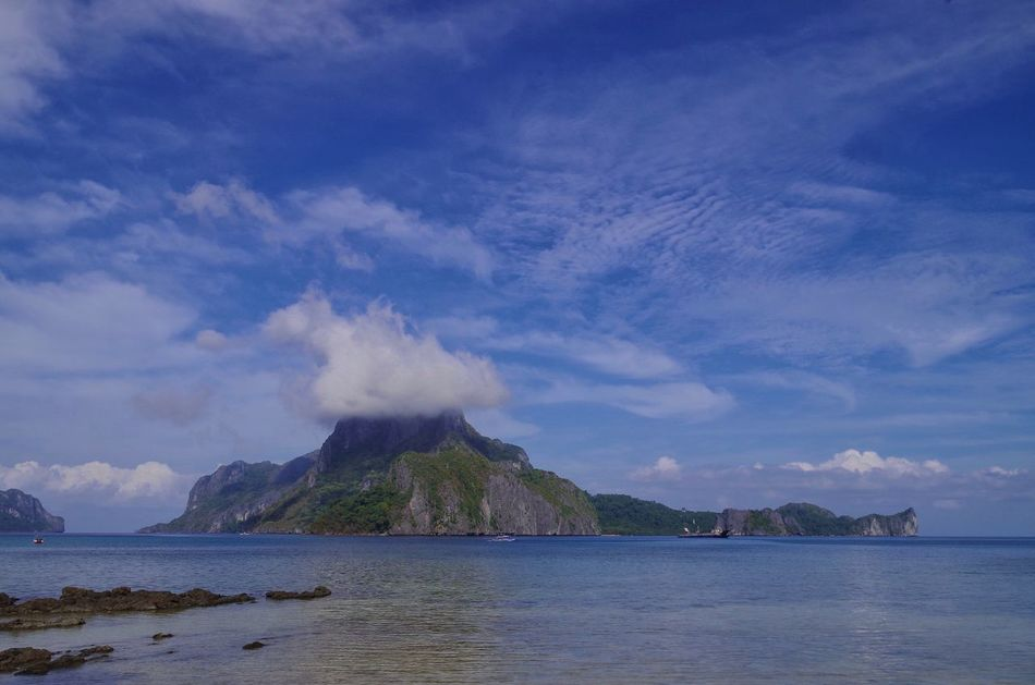 Cadilao Island, El Nido, Palawan, the Philippines Nature Scenics Sea Sky Cloud - Sky Beauty In Nature Mountain Outdoors Landscape Island Shootermag Travel Eyem Philippines Pentax DSLR Palawan Sunlight ☀ Travel Destinations Travel Photography