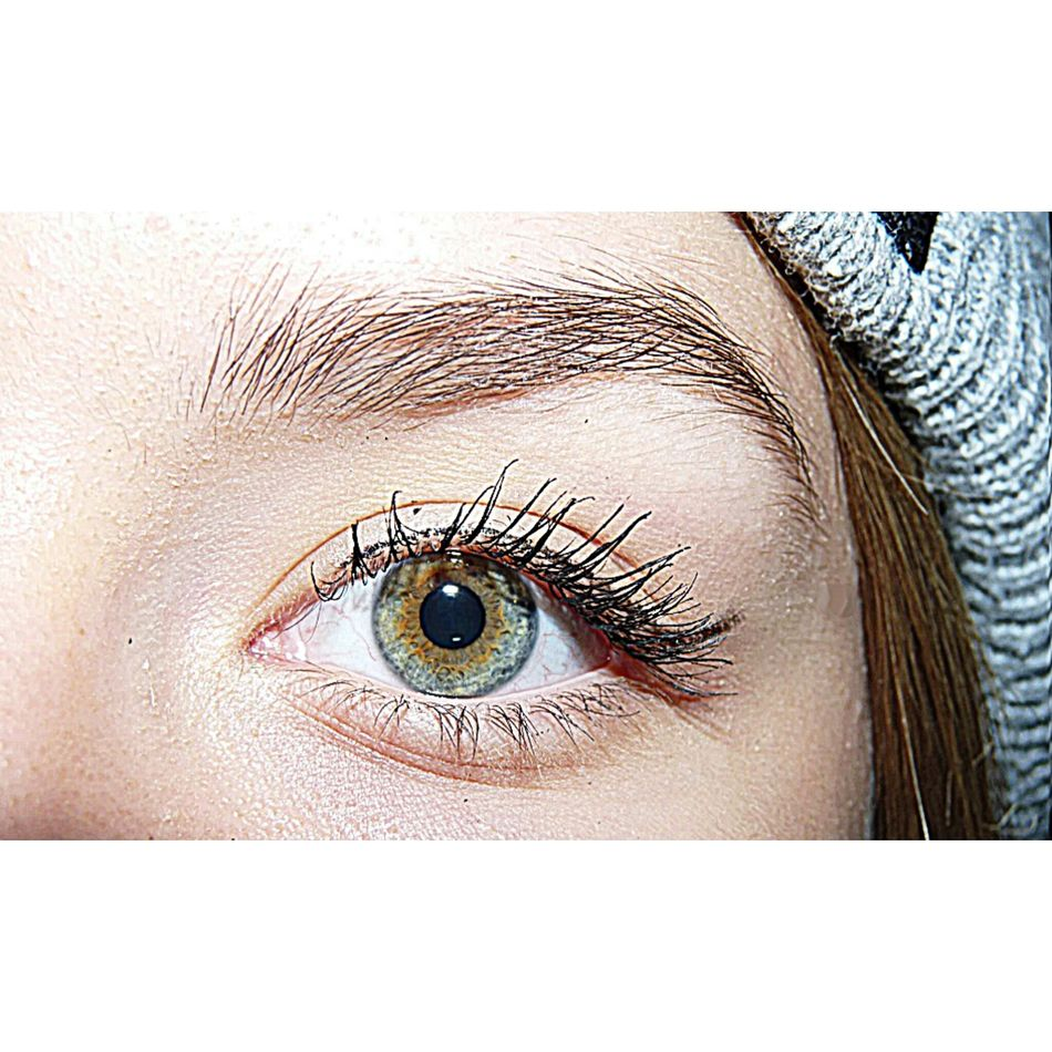 Eye Headbun Mascara Eyeliner Green Eyes
