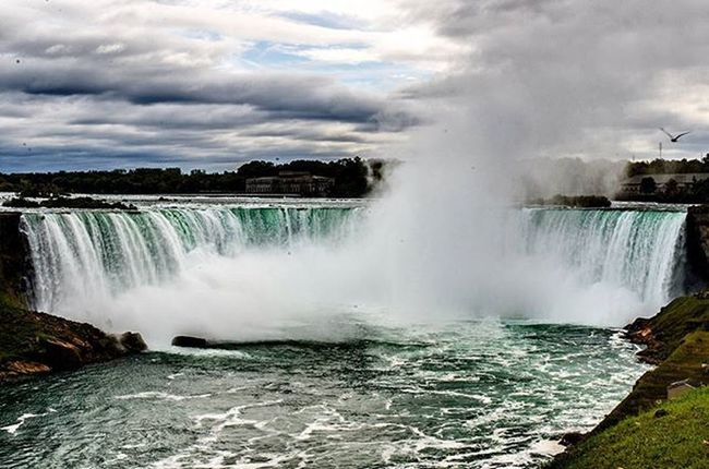 A beautiful ride to the falls yesterday. Niagarafalls Worldwonder Niagara Bluesky Green Fall Flowingwater Waterfall Canada Beautiful Photooftheday Naturephotography Outdoors Cyclingphotos Fixedgear Fixedlife Digitalphotography Nikon_photography_ Nikonphotographers D7000 Nofilter Rrhurstphotography Latowphotographersguild