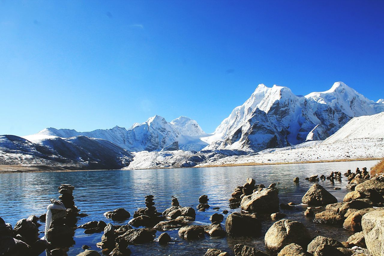 One of the sacred place on earth, divine, serene and nostalgic, meaning of beauty is clearly explained over there. TRUELY MAGICAL Wilderness Sikkim India Peace Lake Gurudongmar Sacredplace Holywater  Mountains Freezing Trekking Hello World Naturelover Backpacking Backpackers Beautiful Skyporn