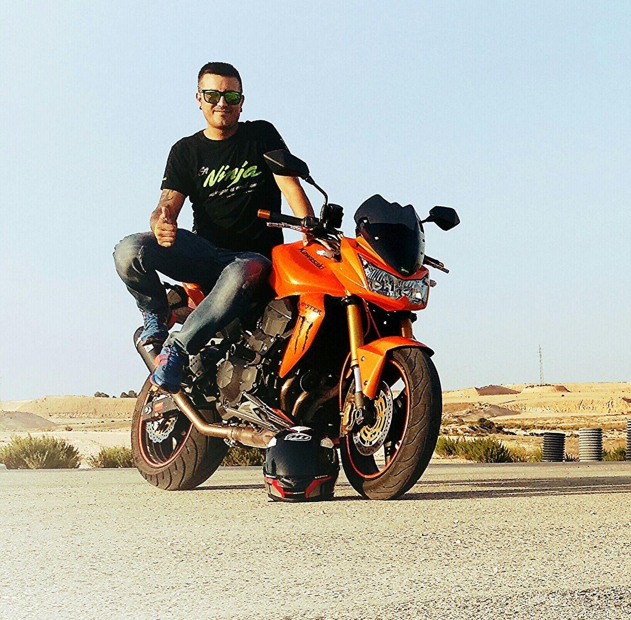 Soy Ninja. .mi Sangre Es Verde Kawa EyeEm Best Shots EyeEm Best Edits Streamzoofamily Motorcycles España La Mancha Hello World