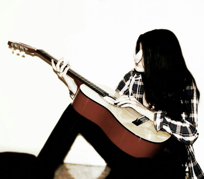 Musical Instruments Taking Photos Musician Music Sound Playing The Guitar Guitar Girl Playing Music