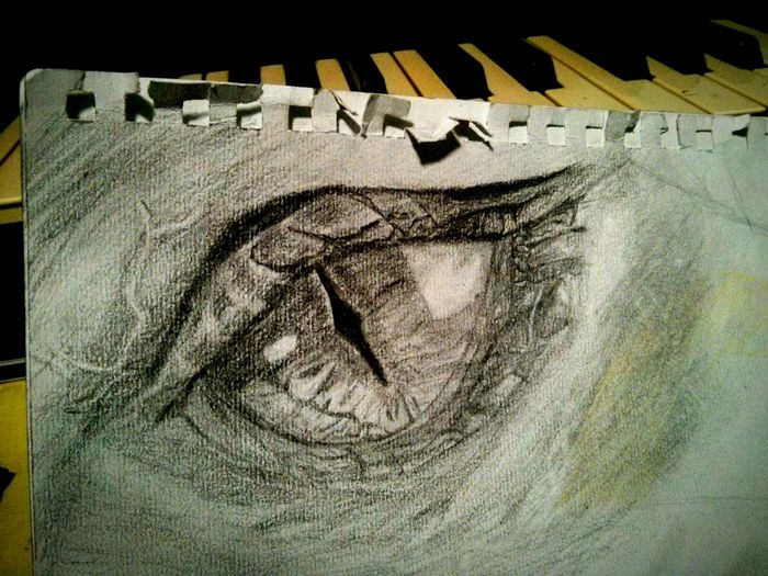 Mydrawing! Pencil Drawing ILoveDrawing TheHobbit Smaug Eye Doyoulikeit? Feeling Inspired Feelinggreat Check This Out