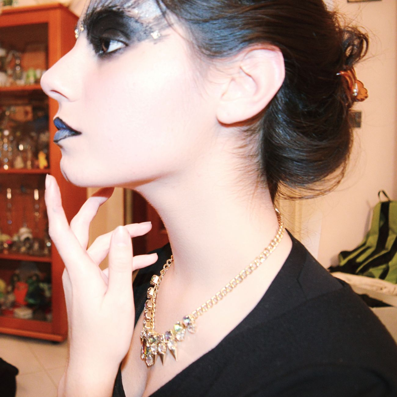 Profile Picture Side Profile Makeup Darkart Hand Blue Lips Necklace Profile Lines & Curves Black Black Eyes EyeEm Gallery Eyeem Profile Photography Woman's Hands Beautiful Woman