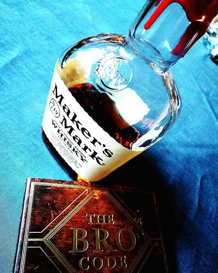 The official Code of Cunduct for Bro's! The only way to the Bro-dom! This holy grail, this bible, The Bro Code! Brocode Makersmark Whısky Holygrail Howimetyourmother Barneystinson Awesome Bro's Man Men Mancave Guys First Eyeem Photo