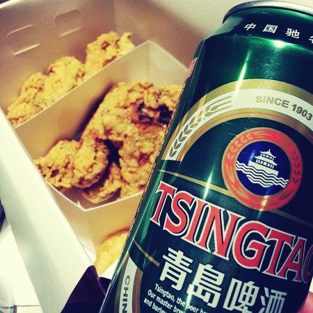 炸鸡和啤酒!最近这已经成了脑残韩饭的典型餐了!没错~我是脑残饭!