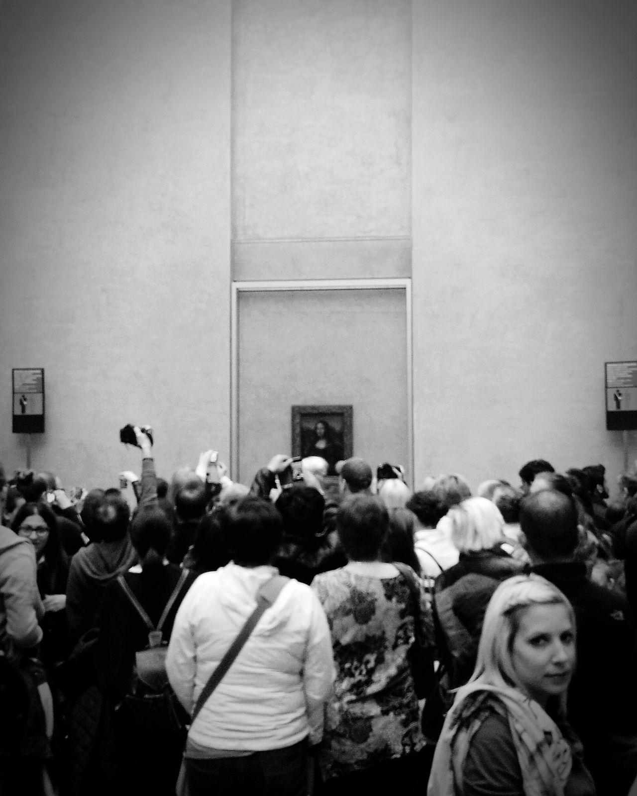 The Tourist Louvre Louvremuseum Louvre Museum Monalisa Leonardo Da Vinci Leonardodavinci Monnalisa Showcase: February