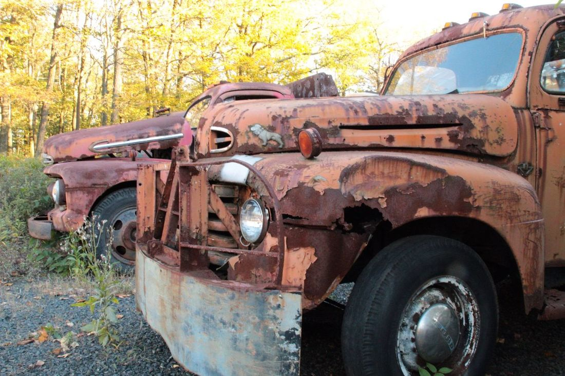Days Gone By Mack Truck Antiques Junkyard Pennsylvania Taking Photos Riding Around Oldies Vintage Cars Cars