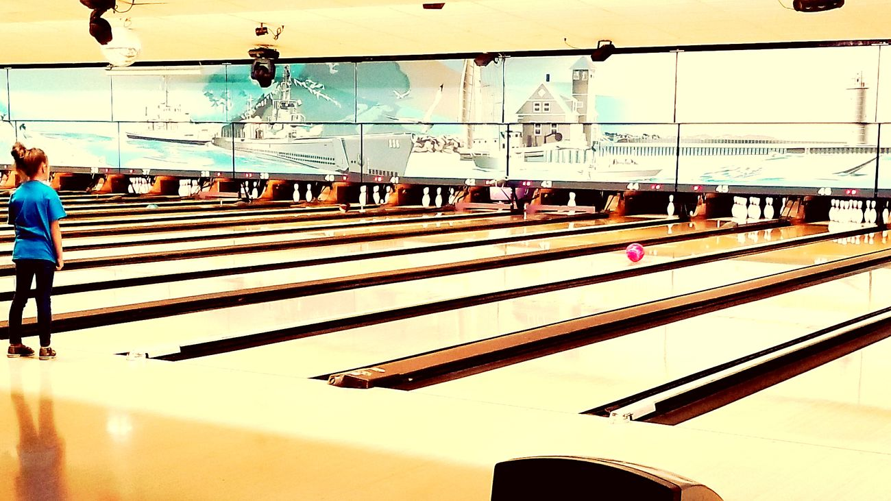 Bowling Bowling Alley Muskegon Pink Ani