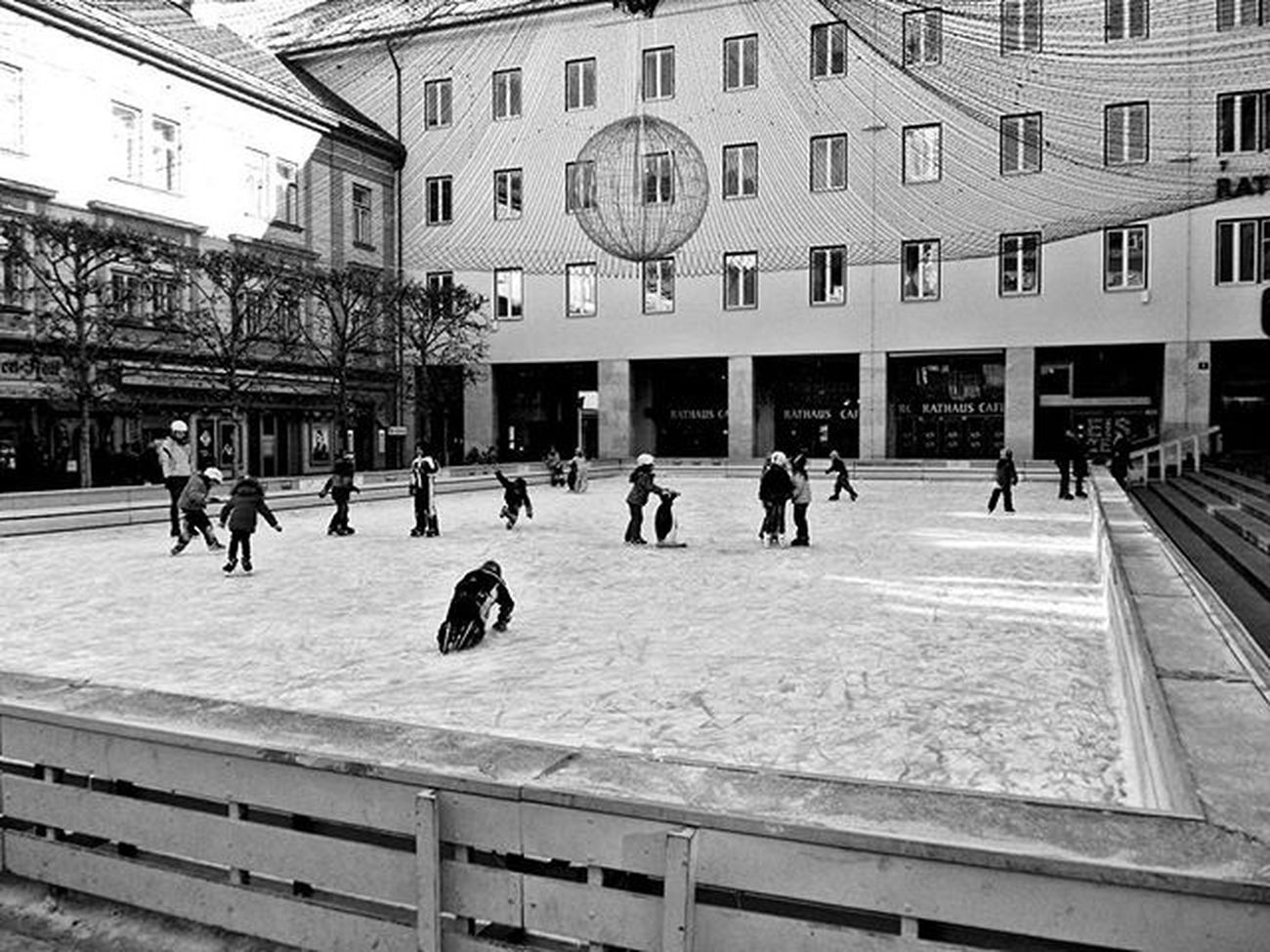 Villach Christmastime Photographer Samsung Followme Hello World Good Morning Memories Bnw Relaxing Taking Photos Christamas Pic Christmas Lights Lovely Young Breakfast Dowload Camera Game