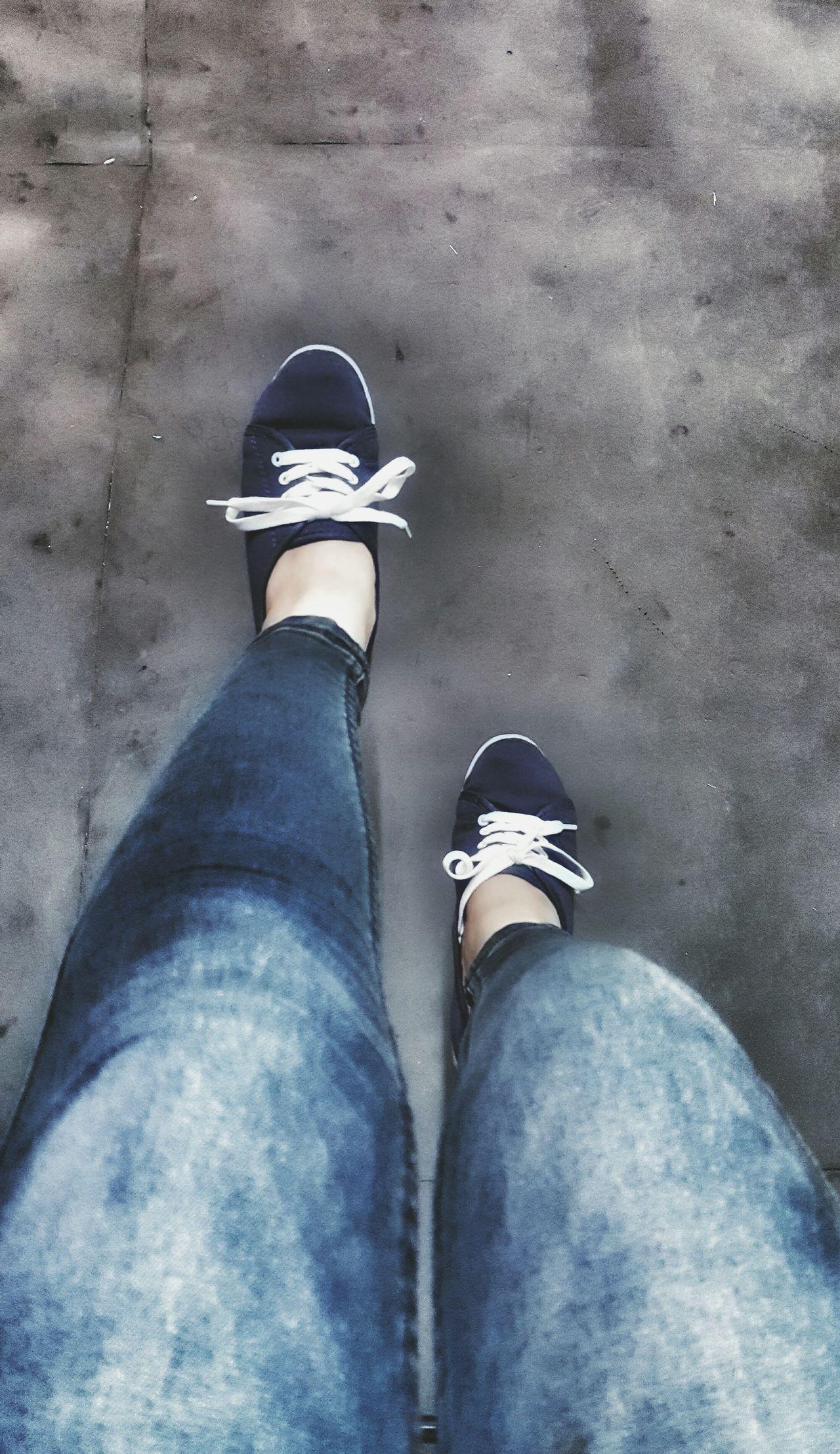 Selfeet 😂 Selfies Feet Foot Shoes Rubbershoes Jeans