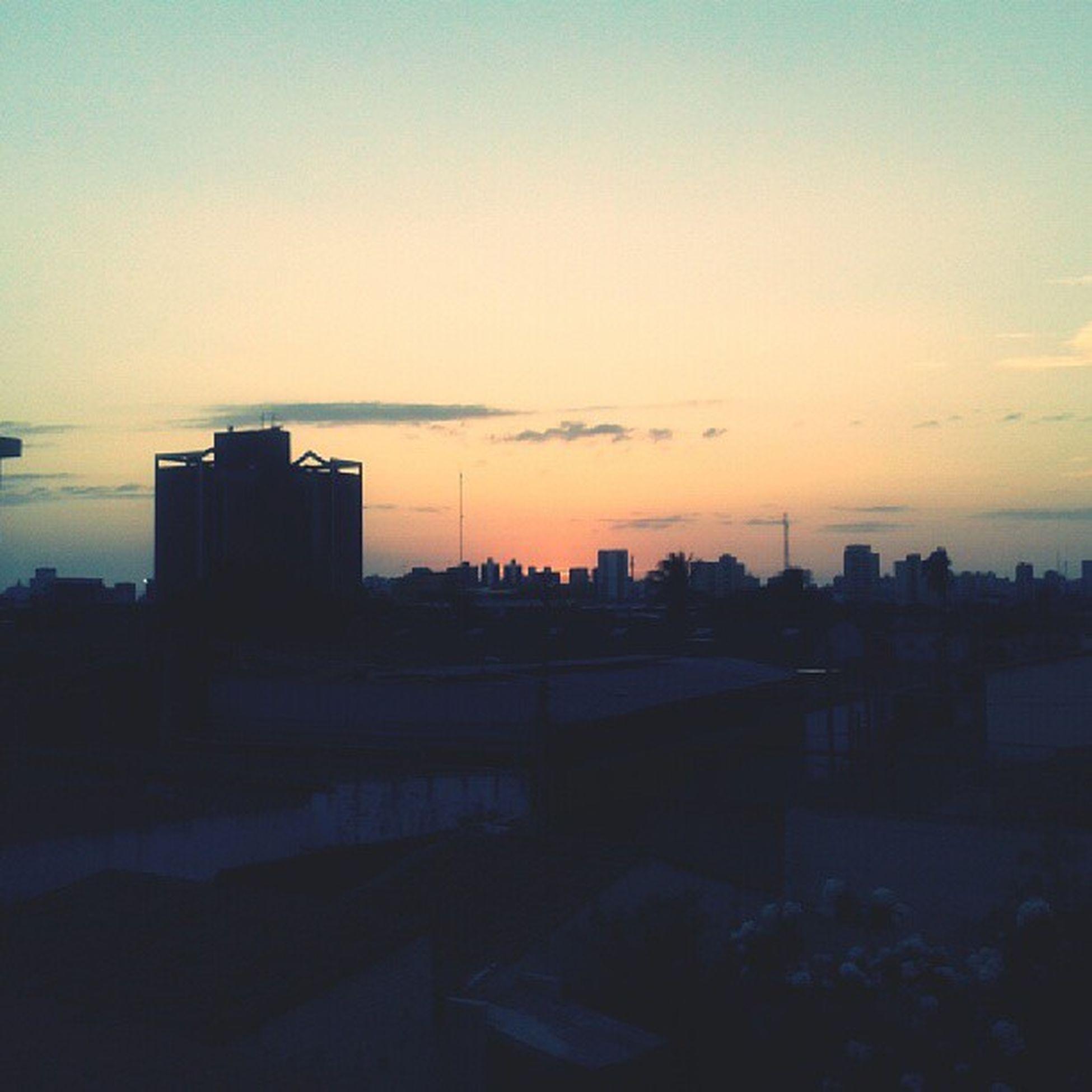 Bom dia pra você que está quase vendo o Sol nascer. Sun Goodmorning God Assembl éiaDiocesanaRcc